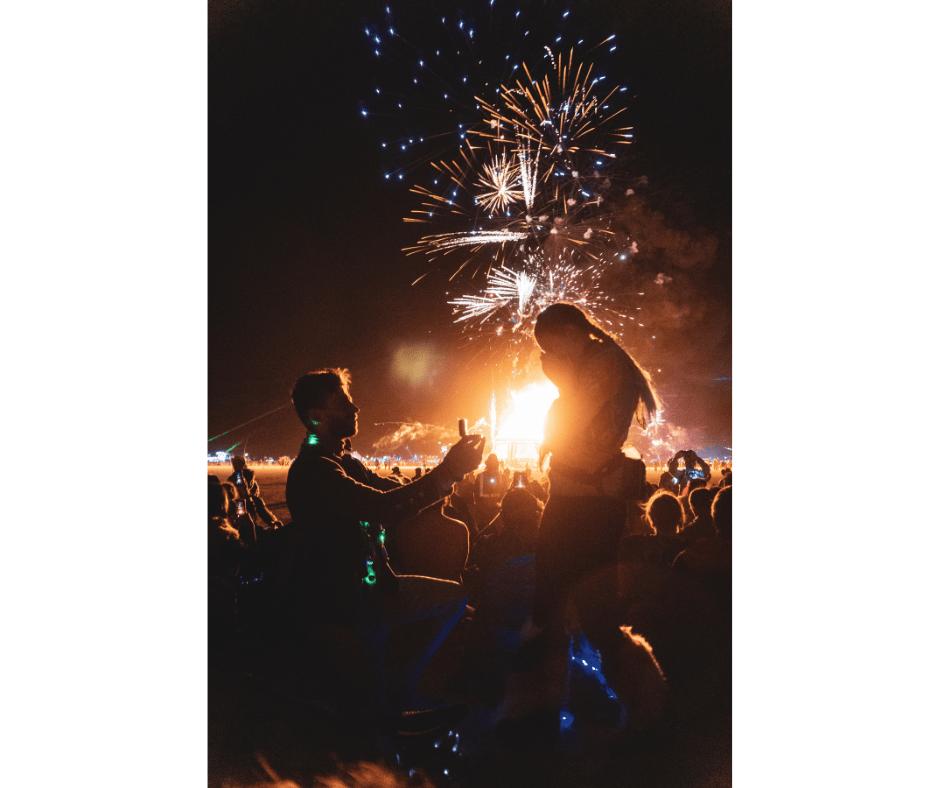 Weddings story: Aanzoek burning man