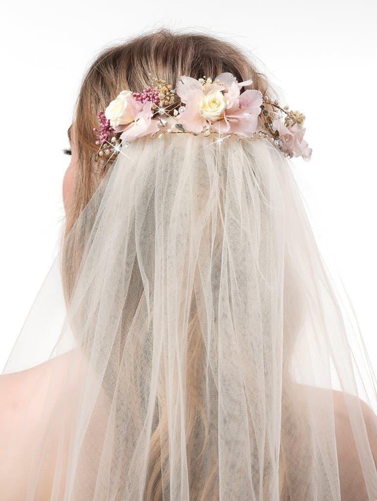 accessoires bij een bohemian trouwjurk