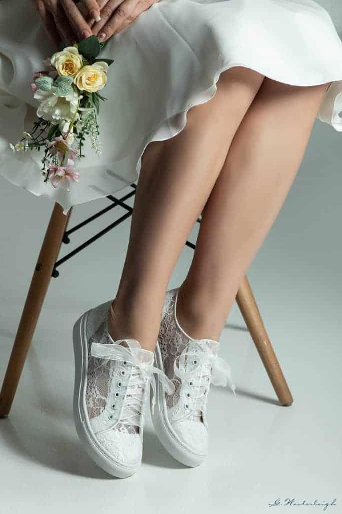 Bruidssneakers kant